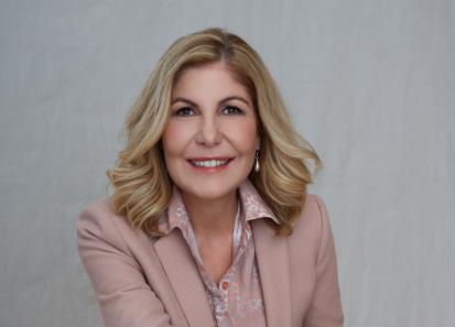 Dr. Lizette Lourens